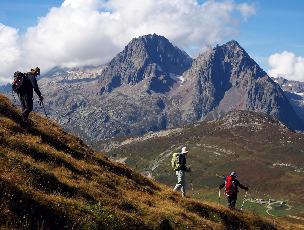 hiking alps photo