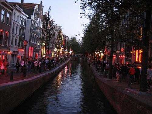 reisetipp Amsterdam rotlichtviertel