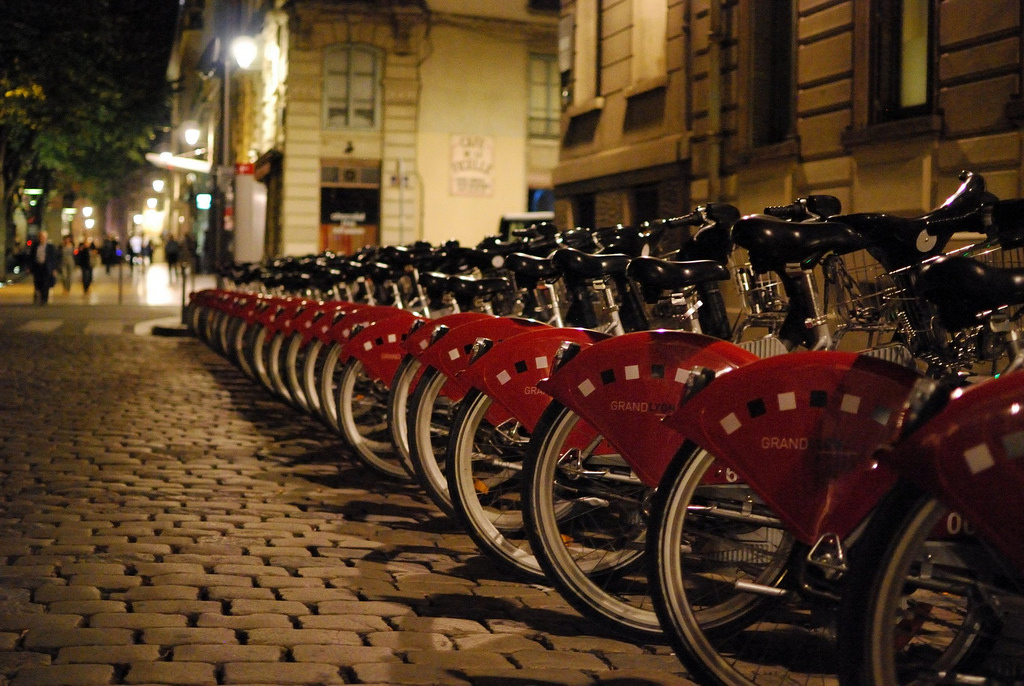 lyon bicycle photo